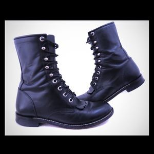 Justin lace up roper boots, size 5